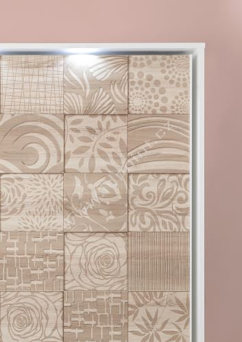 Vybavená šatní skříň s posuvnými dveřmi Xaos-SD-220 bílý mat v kombinaci s dekorem béžovým
